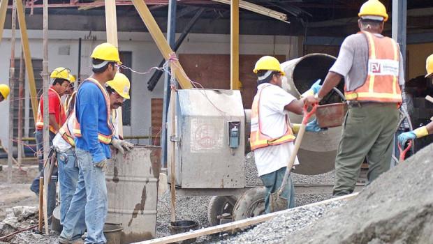 Aumento en el Cemento , costruccion en Tibas